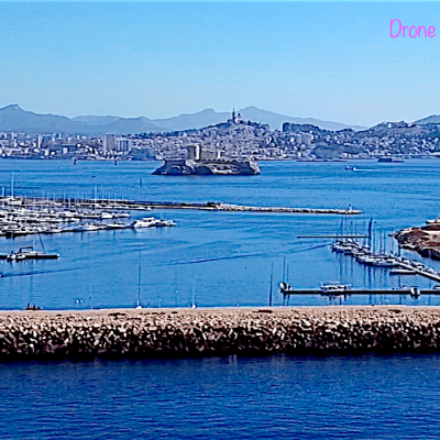 Chateau d if et marseille drone tinypng 1